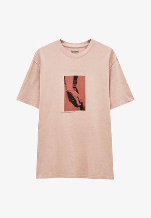 MIT MICHELANGELO-WERK - Print T-shirt - pink