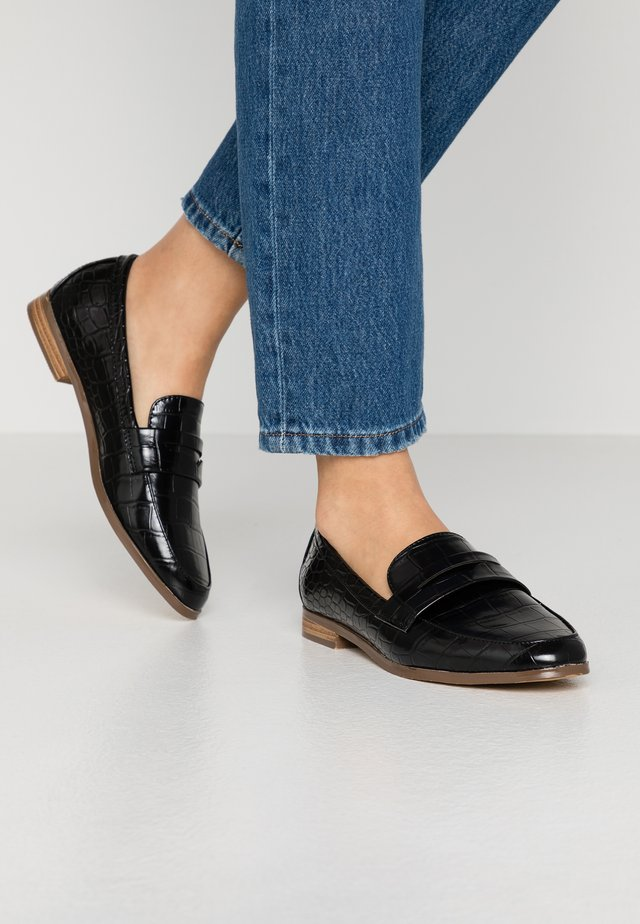 GOMEZZ - Loafers - black