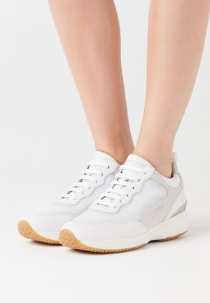 DONNA HAPPY - Sneakers laag - white/offwhite