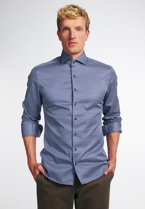 SLIM FIT - Zakelijk overhemd - blau/weiß