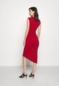 WAL G. - SIDE KNOT DRESS - Vestido de cóctel - cherry - 2