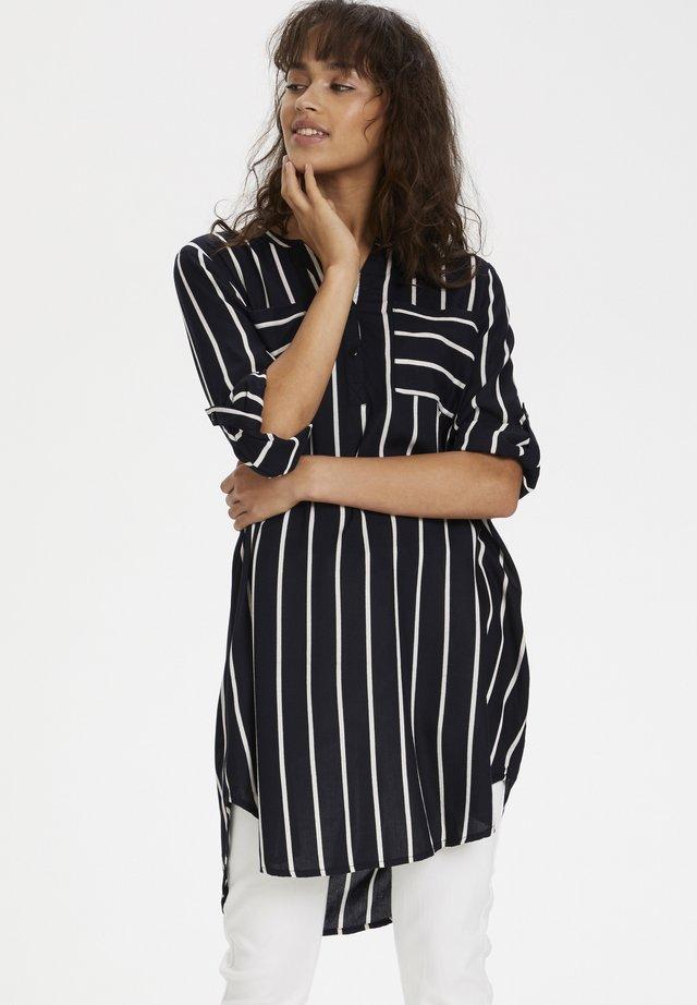 KABABARA SHIRT DRESS - Robe chemise - black / chalk stripe