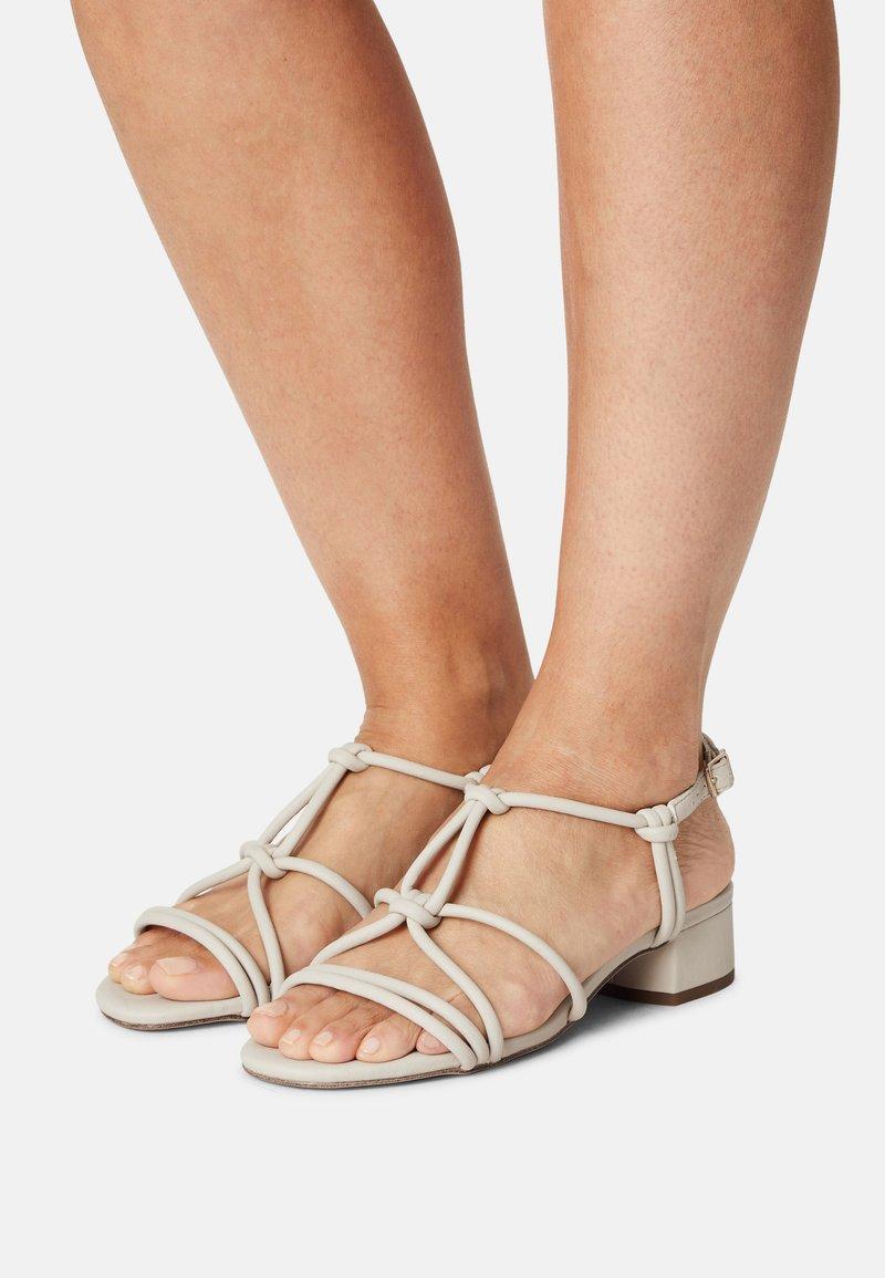 s.Oliver - Sandals - cream