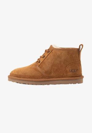 NEUMEL - Ankle boots - chestnut