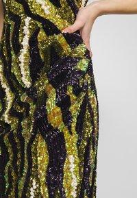 MANÉ - FOREST DRESS - Sukienka koktajlowa - nude/moss - 5