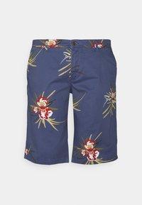 Jack & Jones - JJIBOWIE JJSHORTS - Shorts - vintage indigo - 0