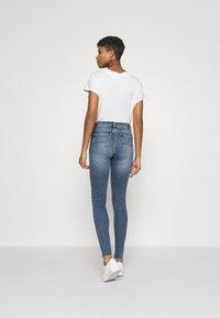 Tommy Jeans - NORA SKNY ANKLE - Jeans Skinny Fit - arden - 2