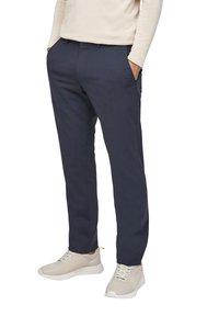 s.Oliver BLACK LABEL - MIT HYPERSTRETCH - Suit trousers - dark blue - 5