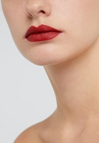 MAC - MATTE LIPSTICK - Lipstick - russian red - 1