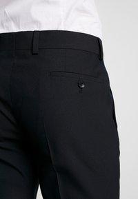 Esprit Collection - FESTIVE  - Garnitur - black - 7