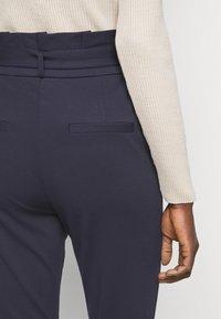 Vero Moda Tall - VMEVA PAPERBAG PANT - Trousers - night sky - 4