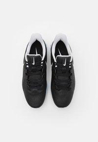 Nike Golf - REACT INFINITY PRO - Chaussures de golf - black/white/metallic platinum - 3