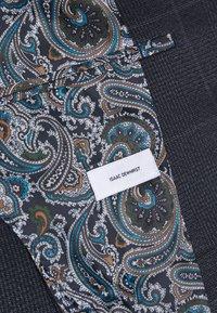 Isaac Dewhirst - CHECK UNSTRUCTURED - Costume - dark blue - 7
