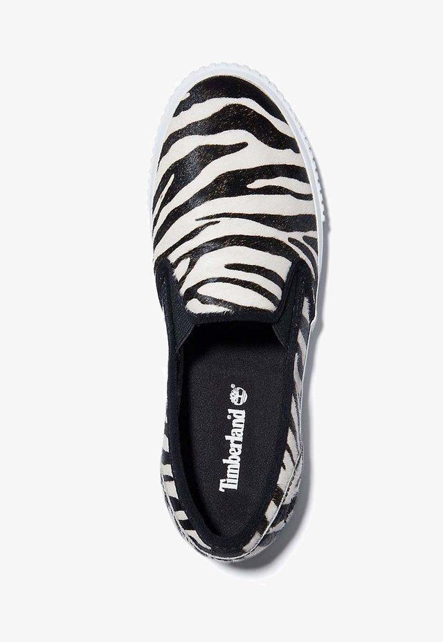 Mocassins - black and white zebra