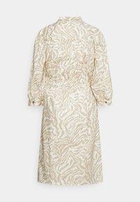 Moss Copenhagen - KACEE 3/4 DRESS - Sukienka koszulowa - pepper - 1