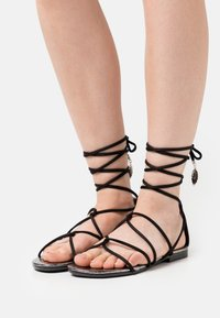 TWINSET - FLAT - Sandals - nero - 0