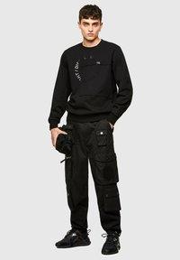Diesel - GIRKEMB - Sweatshirt - black - 1