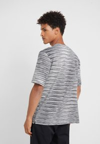 Missoni - SHORT SLEEVE - T-shirt z nadrukiem - black - 2