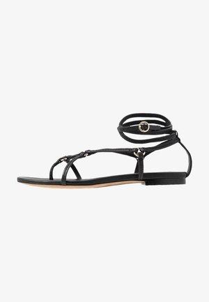 LOUISE STRAPPY FLAT RINGS - Sandály s odděleným palcem - black