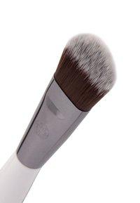 Luvia Cosmetics - MASK BRUSH - Skincare tool - - - 2