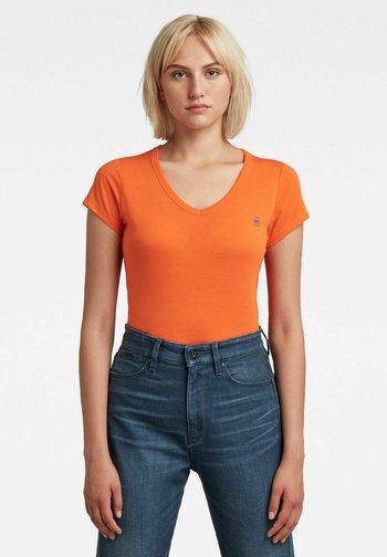 EYBEN - Basic T-shirt - orange