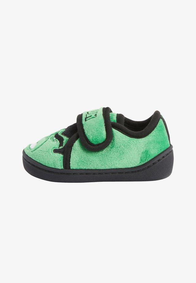 INCREDIBLE HULK  YOUNGER - Tofflor & inneskor - green