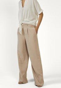 Aaiko - TARY RAY 544 - Trousers - sand - 0