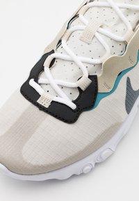 Nike Sportswear - REACT 55 RETRO UNISEX - Sneakersy niskie - stone/cerulean/light bone/black - 5
