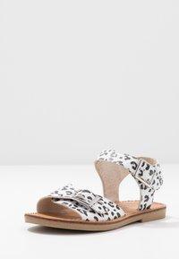 Walnut - RYDER - Sandals - white - 2