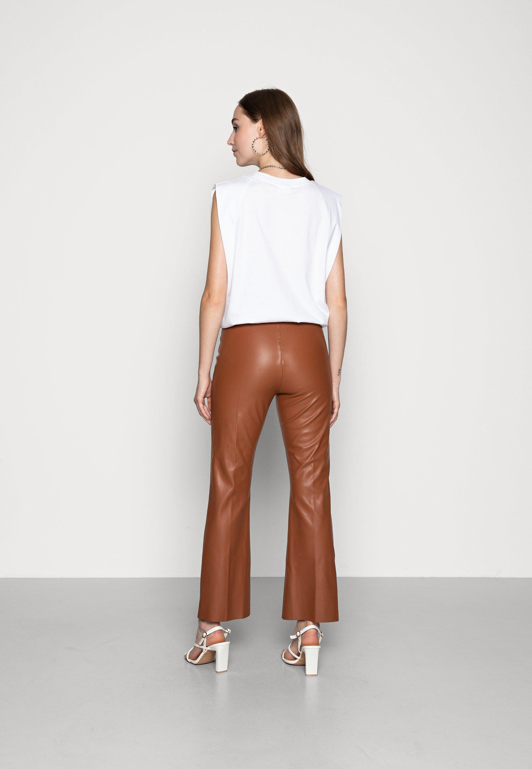 Donna KAYLEE KICKFLARE PANTS - Pantaloni