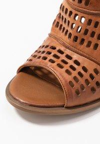 Carmela - High heeled sandals - camel - 2