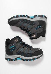 Hi-Tec - SHIELD WP - Chaussures de marche - dark grey/black/lake blue - 0
