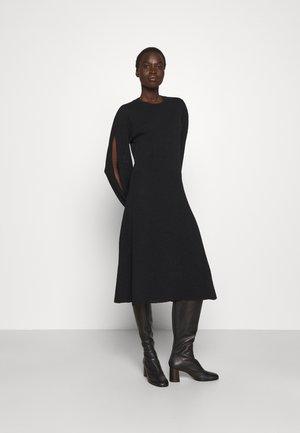 BLOUSON SLEEVE MIDI DRESS - Jumper dress - black