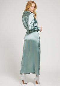 Guess - Maxi dress - himmelblau - 1