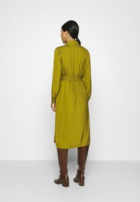 Banana Republic - MIDI TRENCH DRESS - Blousejurk - cinque terre - 2
