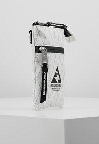 Indispensable - NECKPOUCH - Across body bag - white - 3