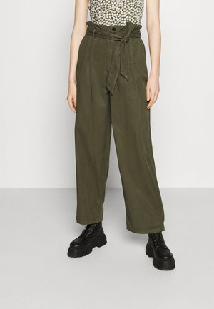 ONLPIPI LIFE PAPERBAG WIDE PANT - Kalhoty - kalamata