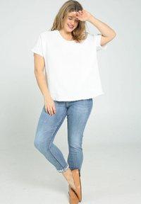 Paprika - Print T-shirt - white - 1