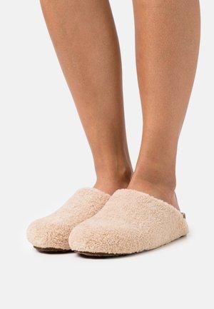 VESA - Slippers - natural