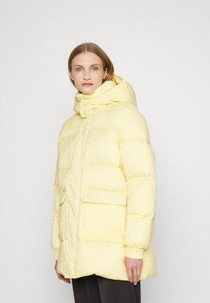 SOL JACKET - Down coat - yellow