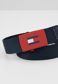 Tommy Hilfiger - KIDS PLAQUE BELT  - Ceinture - blue