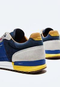 Pepe Jeans - TINKER - Sneakers - cognac - 4