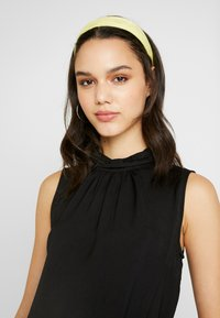 Vero Moda - VMSILLE HIGH NECK - Bluse - black - 3