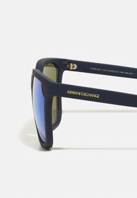 Armani Exchange - Sunglasses - matte blue - 3