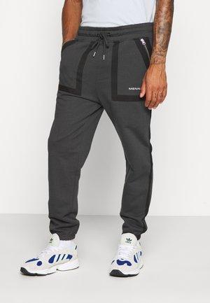 TAPE OUTLINE  - Pantalones deportivos - charcoal