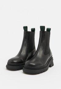 Bimba Y Lola - Classic ankle boots - black - 3