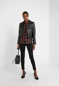Lauren Ralph Lauren - CLASSIC - Camisa - red/black - 1