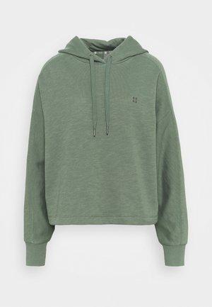 ESSENTIALS HOODY - Sweater - heath green