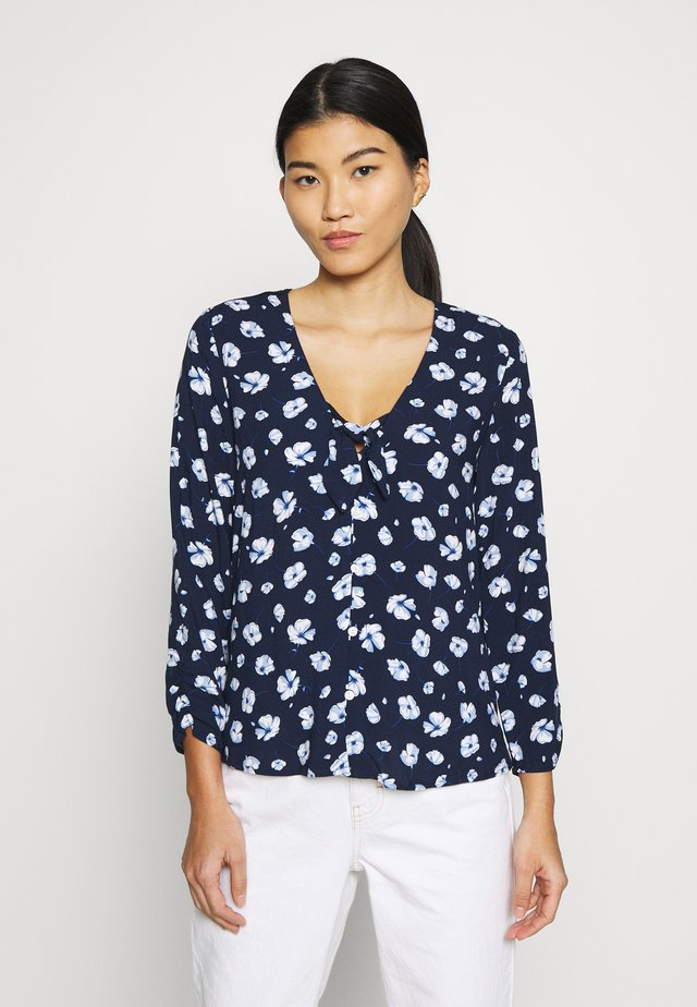 BLUSA - Blouse - light blue