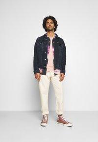 Calvin Klein Jeans - FOUNDATION DENIM JACKET - Kurtka jeansowa - blue black - 1
